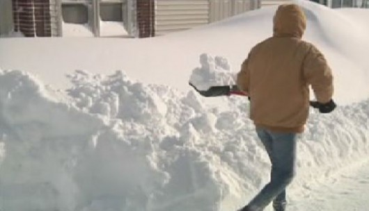 USA - W Buffalo spadło 170 cm śniegu 3
