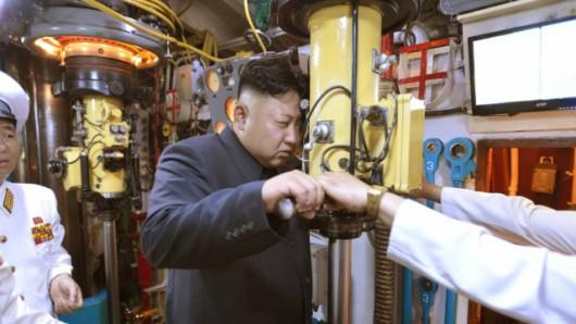 Wszystkie zdobycze północnokoreańskiej techniki nadzoruje Kim Dzong Un