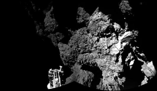 Zdjęcie przesłane przez Philae /ESA HANDOUT /PAP/EPA