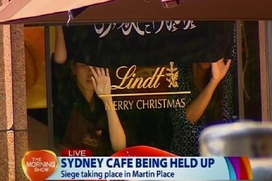 Australia - Trzynastu zakładników w kawiarni w centrum Sydney