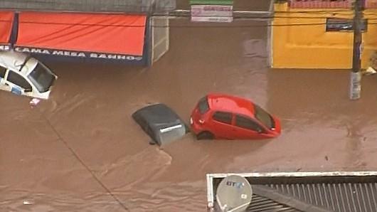 Brazylia - Ulewny deszcz nad Sao Paulo 2