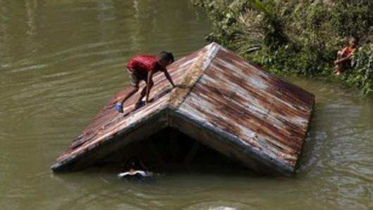 Filipiny - Sztorm tropikalny Jangmi zabił co najmniej 21 osób 4