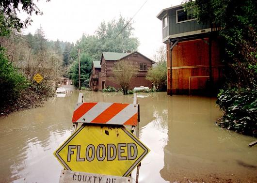 Kalifornia, USA - Zbliżają się ulewne deszcze i huraganowe wiatry 5