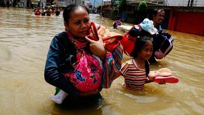 Malezja i Tajlandia - Największa powódź w historii tych krajów, ewakuowano 160 tysięcy osób 6