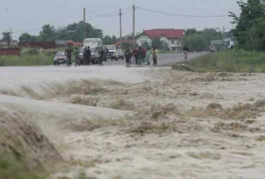 Rumunia - Przez ulewne deszcze ucierpiało 140 miejscowości 2