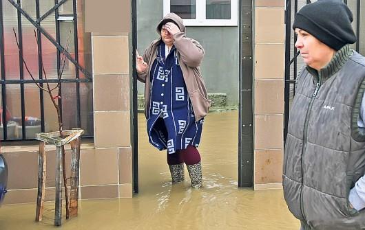 Rumunia - Przez ulewne deszcze ucierpiało 140 miejscowości 4