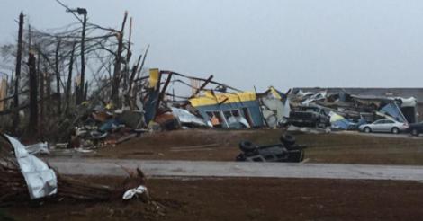 USA - Potężne tornado w Mississippi 3