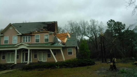 USA - Potężne tornado w Mississippi 5