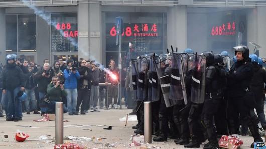 Włochy - Dzień strajku generalnego, zamieszki w Rzymie, Mediolanie i Turynie 3