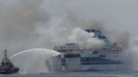 Włochy - Pożar na promie na Morzu Jońskim 2