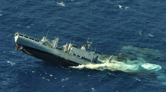 Włochy - Z powodu złej pogody zderzyły się dwa statki handlowe w Rawennie