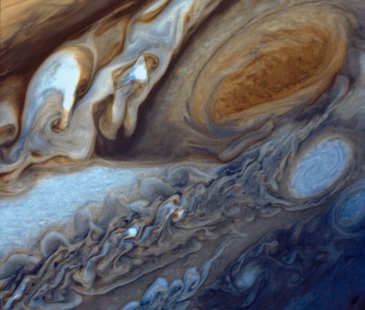 Zbliżenie na Wielką Czerwoną Plamę Jowisza