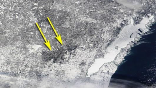 Ścieżka tornada sprzed 7 lat w zimowej scenerii