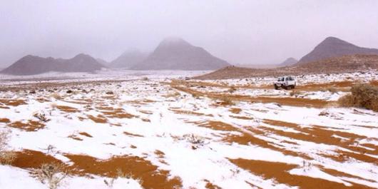 Arabia Saudyjska - Na pustyni mocno sypnęło śniegiem 5