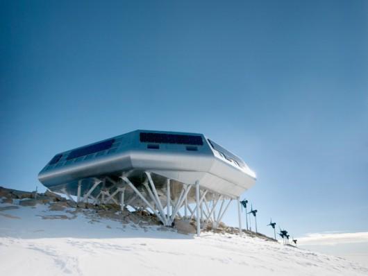 Baza na Antarktydzie