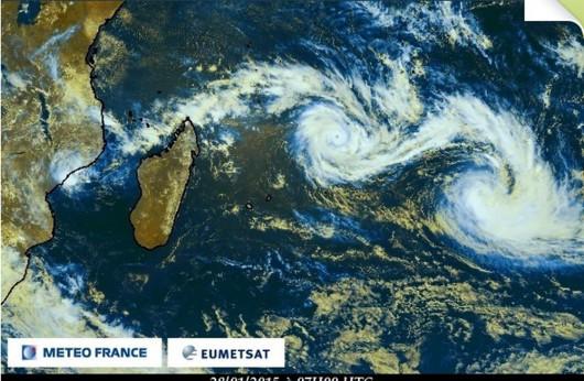 Dwa huragany na Oceanie Indyjskim 2
