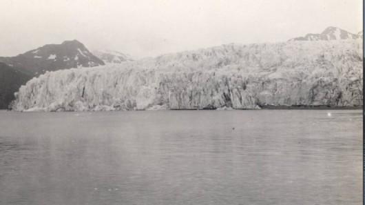 Lodowiec McCarty w 1909 roku - Alaska