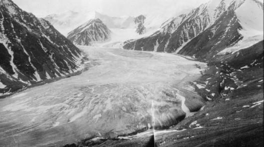 Lodowiec Okpilak w 1907 roku - Alaska