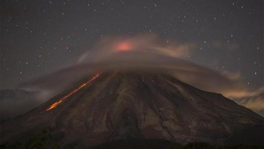 Meksyk - Zwiększa się aktywność wulkanu Colima 2
