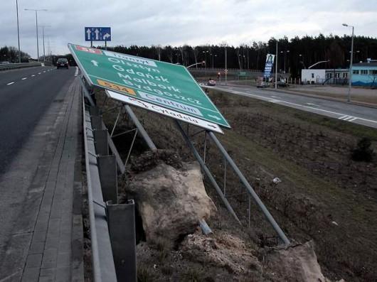Polska - Przez wichury ponad 200 tysięcy domów nie miało prądu 5