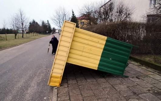 Polska - Przez wichury ponad 200 tysięcy domów nie miało prądu 6