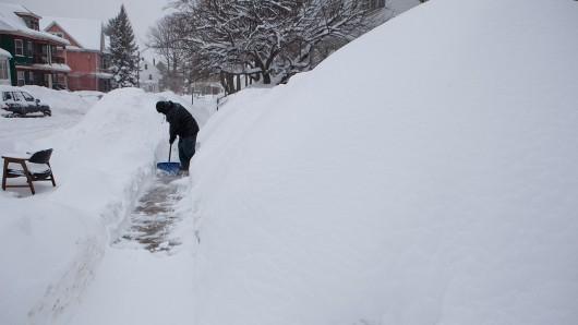 Boston, USA - Znów mocno sypie śnieg