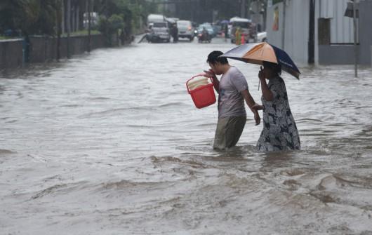 Indonezja - Powódź w Dżakarcie, 6 tysięcy osób ewakuowanych 5