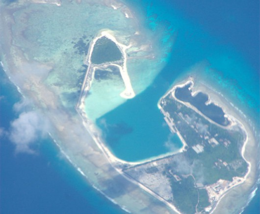 Na spornych wyspach na Morzu Południowochińskim powstają chińskie porty oraz wojskowe lotniska