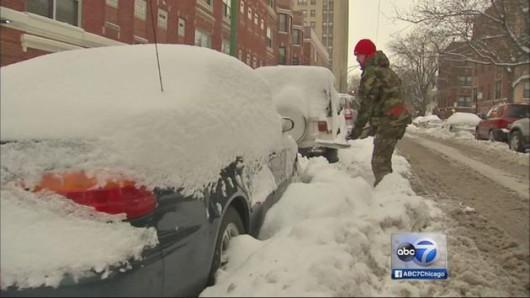 USA - Śnieg sypie w Chicago 3