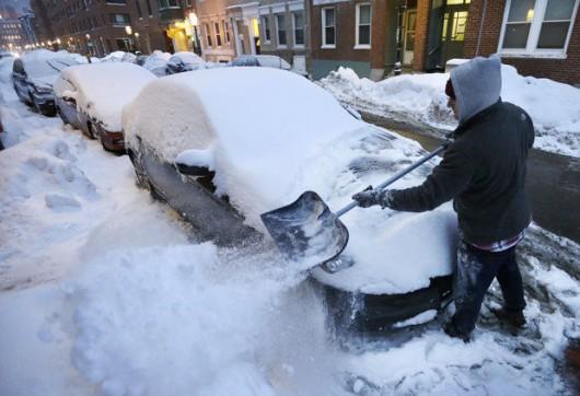 USA - Kolejna śnieżyca na północnym-wschodzie kraju 1