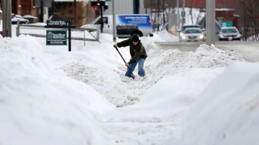 USA - Kolejna śnieżyca na północnym-wschodzie kraju 3