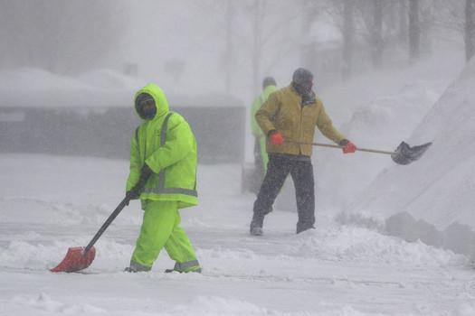 USA - Kolejne śnieżyce z burzy śnieżnej Octavia 2