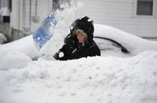 USA - Rekord śniegu w Bostonie, w 30 dni spadło 183 cm białego puchu