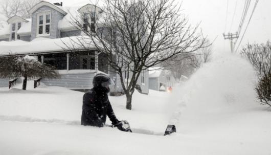 USA - Z powodu śnieżycy zginęło 10 osób 6