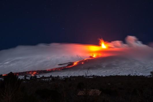 Włochy - Erupcja wulkanu Etna 1