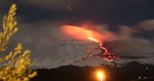 Włochy - Erupcja wulkanu Etna 3