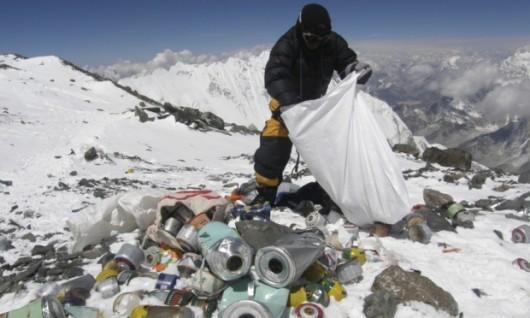 Śmieci na Mount Evereście