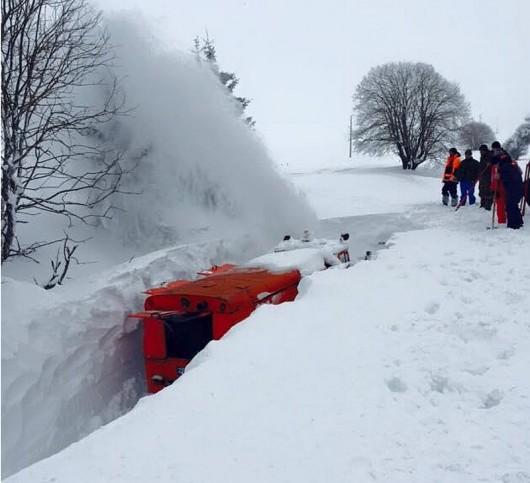 Bułgaria - Śniegu coraz więcej, prawie 70 tysięcy gospodarstw bez prądu 3