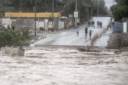 Chile - Ulewne deszcze na pustyni Atakama, która jest najsuchszą pustynią świata 11