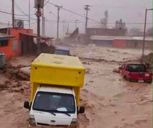 Chile - Ulewne deszcze na pustyni Atakama, która jest najsuchszą pustynią świata 4