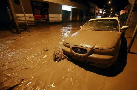 Chile - Ulewne deszcze na pustyni Atakama, która jest najsuchszą pustynią świata 9