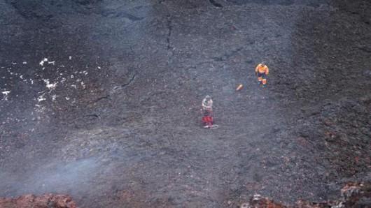 Islandia - Geolodzy weszli do krateru Baugur 3