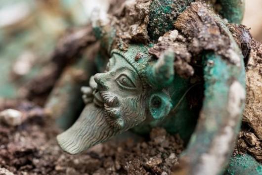 Lavau, Francja - Sensacyjne odkrycie, znaleziono wielki grobowiec celtyckiego księcia z V wieku p.n.e.