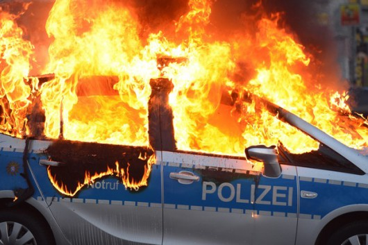Niemcy - Ponad 200 osób zostało rannych podczas protestów we Frankfurcie nad Menem