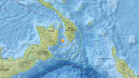 Papua-Nowa Gwinea - Trzęsienie ziemi o sile 7.5 w skali Richtera, fale tsunami miały pół metra wysokości
