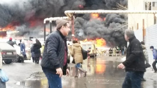 Rosja - Duży pożar supermarketu w Kazaniu 2