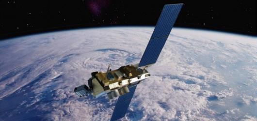 Satelita DMSP-F13