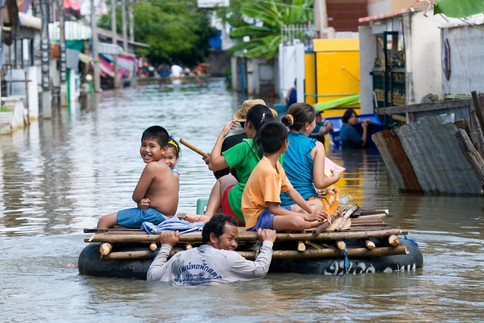 Tajlandia - Załamanie pogody i powódź na północy kraju 1