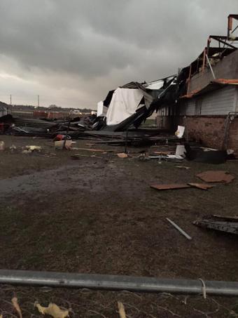 USA - Co najmniej trzy tornada w środę przeszły nad stanami Arkansas i Oklahoma 10