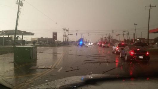 USA - Co najmniej trzy tornada w środę przeszły nad stanami Arkansas i Oklahoma 13